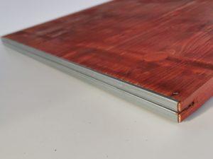 Płyta szalunkowa trójwarstwowa okuta typ E czerwona