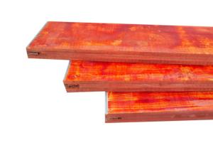 Płyta szalunkowa trójwarstwowa okuta typ E czerwona II gatunek